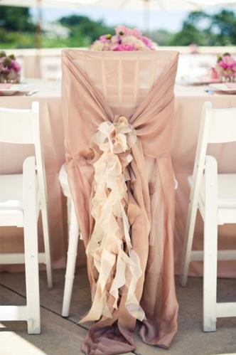 Nové trendy svatební židličky